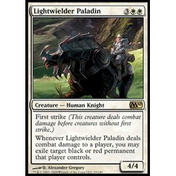 Magic löskort: M10: Lightwielder Paladin (Foil)